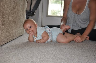 baby-yoga-kicky-cobra