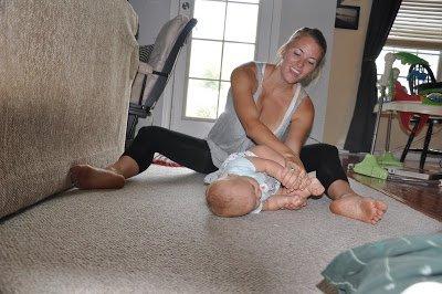 baby-yoga-rolio