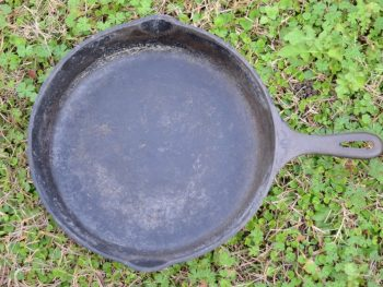 How to Restore a Cast Iron Skillet 5